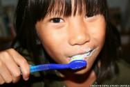 Sa�de bucal - como escovar os dentes e passar o fio dental
