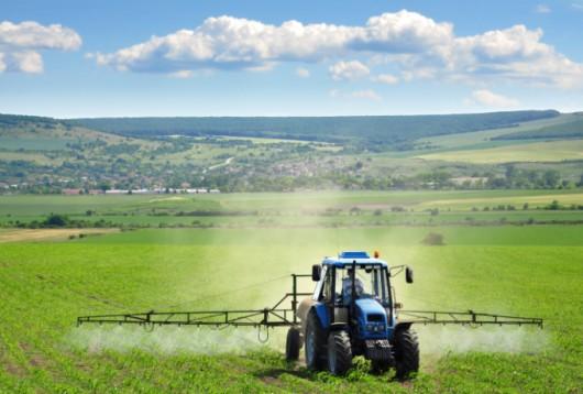 ¿Cómo la calibración de pulverizadores de tractor-bar implementar