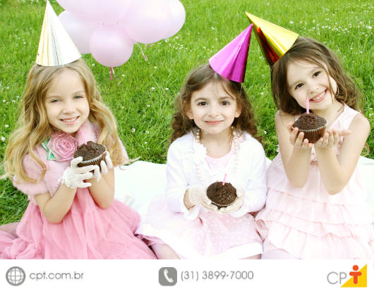 Ao planejar uma festa infantil, alguns cuidados são primordiais para evitar acidentes e futuras dores de cabeça
