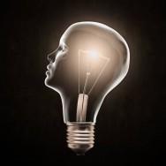 Ao incentivar as equipes a pensarem sobre os problemas e as soluções de cada setor, ideias criativas ocorrerão.