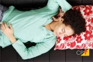 Você tem muito sono após o almoço? Saiba por que e como evitar