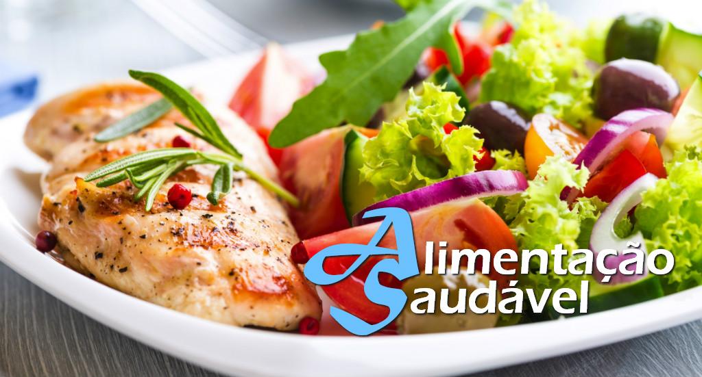 Receita para dieta: berinjela à parmegiana com salada de arroz   Artigos Cursos CPT  Foto: Reprodução