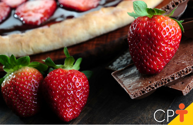 Pizza morango com chocolate: ingredientes   Artigos Cursos CPT
