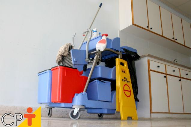 Limpeza de cozinhas industriais: como e quando fazer?   Artigos Cursos CPT