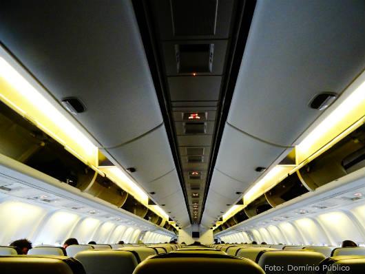 Vai viajar de avião pela primeira vez? Veja as dicas