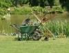 Jardineiro precisa saber técnicas de poda, plantio e conservação