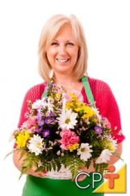 Treinamento de florista: como montar um buquê de flores