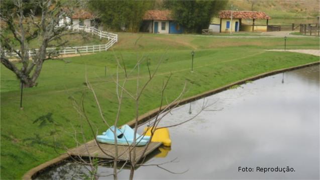 Construção de pequenas barragens de terra