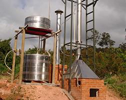 Curso Profissionalizante de Produtor de Álcool na Fazenda