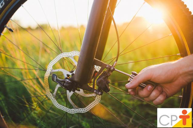 Por que fazer manutenção em freios V-brake de bicicletas?   Artigos Cursos CPT