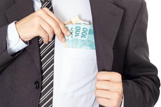 Saque do FGTS de contas inativas prorrogado até 2018