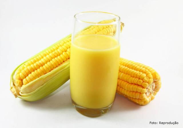 Aprenda a fazer suco de milho verde gelado e quente