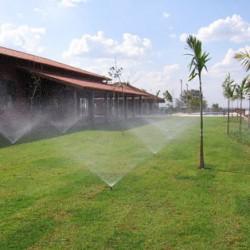 Curso de irrigação de jardins e campos esportivos