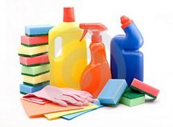 Coloque a solução detergente em contato direto com as sujeiras com o objetivo de separá-las das superfícies a serem higienizadas