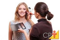 Em peles secas a maquiagem dura mais pois não há tanta transpiração