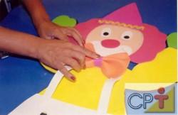 É muito usado na confecção de lembranças para aniversário, dia dos pais, dia das mães, das crianças, páscoa, para decoração de festas e montagem de cenários