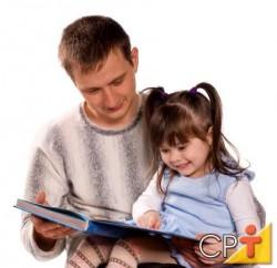 O profissional deve estar sempre em contínuo processo de aprendizagem, estudando, fazendo cursos, lendo, buscando informação sempre