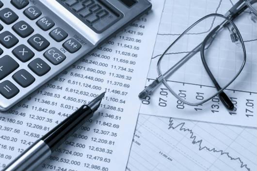 Saiba como calcular o salário líquido