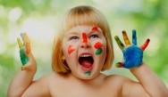 Brincadeiras infantis nas creches educam e desenvolvem a inteligência