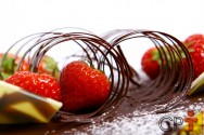 Bolos e tortas - como fazer raspas de chocolate para decorar