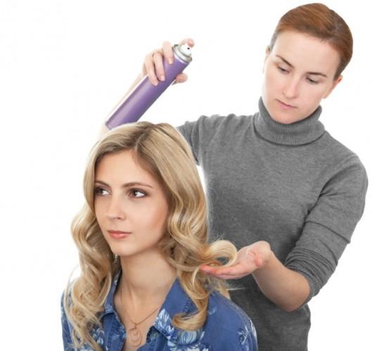 Penteados - como fazer cachos com chapinha