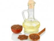 A linhaça dourada é nutritiva, tem baixas calorias, fornece óleos saudáveis ao nosso organismo, é rica em fibras, minerais, ácidos graxos e ômega 3