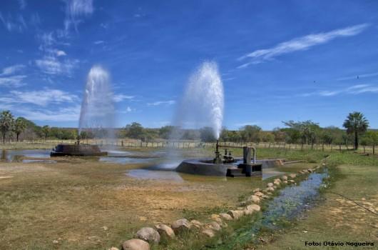 O uso de bombas para a captação de águas subterrâneas é o melhor método para a preservação da qualidade