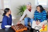 Atividade de cuidador de idosos é estimulada por meio de Lei Estadual em Minas Gerais