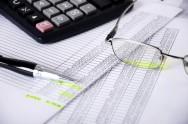 Fazer um controle dos gastos mensais evita surpresas desagradáveis no futuro.