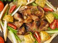 Um prato bem decorado e colorido torna qualquer almoço ou jantar um banquete.