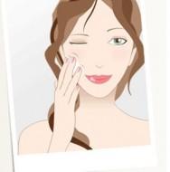Loções de limpeza formam um delicado filme hidratante e podem ser usadas com eficiência para remover cosméticos faciais.