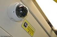 Deve existir nas escolas um sistema de monitoramento eletrônico, por imagem, das suas principais dependências