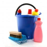 Os acessórios de limpeza também são fundamentais para a completa higienização dos ambientes