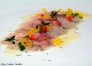 O ato de marinar é utilizado para conferir sabor, amaciar, adicionar ou retirar umidade e preservar as carnes