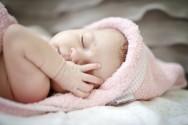 Ao sair do banho, uma toalhinha com capuz é uma boa opção para o beb?