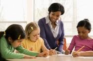 Ao observar os desenhos de uma criança, o professor aprende sobre suas habilidades