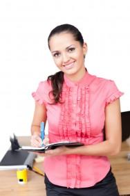 Como responsáveis pelo estoque, os funcionários escolhidos deverão datar e assinar por toda a entrada e saída de produtos