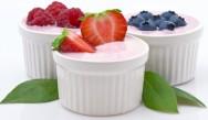 Adição de polpa de fruta no iogurte