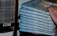 Todo livro que chega à livraria deve receber um código para facilitar o controle.