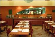 A área de cocção é uma das principais áreas de uma cozinha comercial.