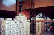 As pilhas de sacas de café deverão ser dispostas garantindo a estabilidade.