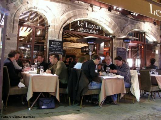 Cozinha comercial - planejamento e profissionalismo garantem o sucesso dos restaurantes