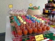 Os copinhos transparentes também participarão da festa. Neles você poderá colocar outros tipos de doces. Foto: Reprodução