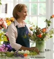 Os arranjos florais encantam, além de lindos jardins, casas e escritórios comerciais, empreendimentos hoteleiros e gastronômicos. Curso CPT Treinamento de Florista