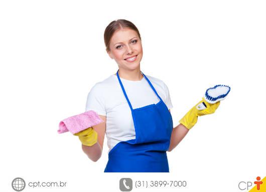 Acidentes domésticos - você sabe como evitá-los enquanto faz a limpeza de casa? Curso CPT Treinamento de Empregada Doméstica.
