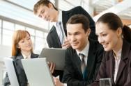 Faça com que os líderes/gerentes participem ativamente no dia a dia dos funcionários para que a comunicação entre eles aconteça efetivamente