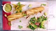 Uma ótima opção para o lanche da tarde é o Sanduíche Mexicano de Metro, elaborado com baguete, guacamole, fatias de frango e bacon