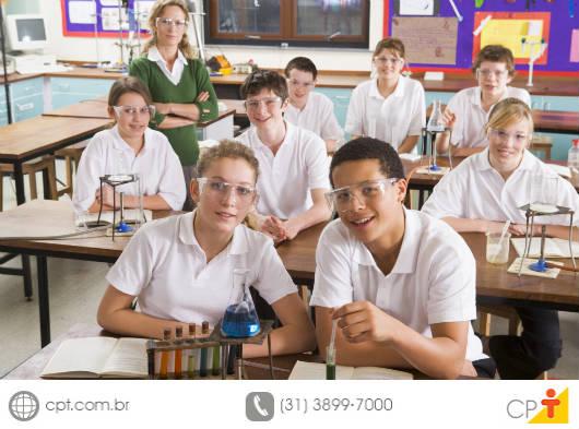 O verdadeiro marketing para escolas é aquele que hoje olha os resultados com foco duradouro para os próximos 100 anos, pois fazer corretamente sai mais barato que fazer erroneamente