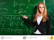 Neste dia do professor, uma homenagem àqueles que ensinam, educam e constroem