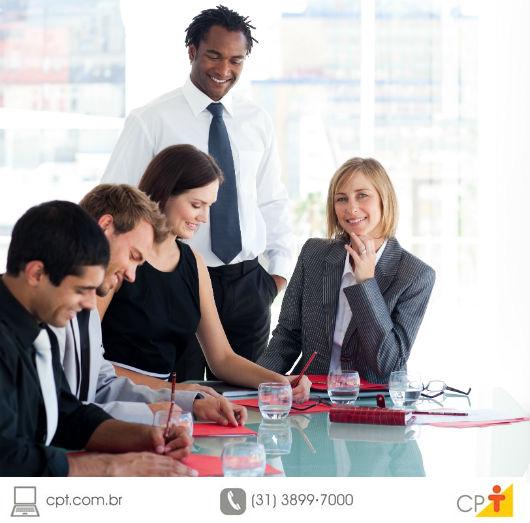 A dinâmica de grupo é uma fase determinante e temida dos processos seletivos. O método auxilia as empresas na identificação, nos candidatos, de características importantes e crescentes para o mercado de trabalho